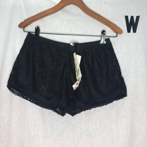 NWT Mimi Chica Gold & black lace shorts small